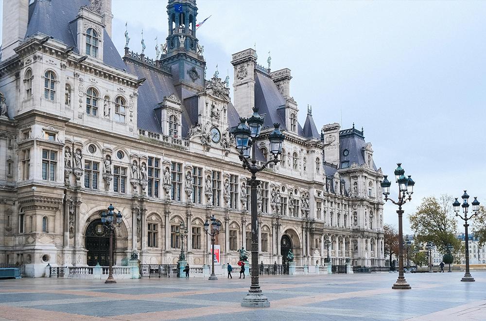 CITY GUIDE-PARIS-HOTEL DE VILLE-5